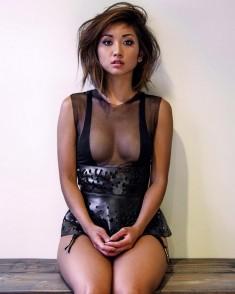 Brenda Song celeb babe