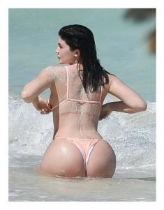 Famous brunette nude pics Kylie Jenner Nude Celebrity Photos