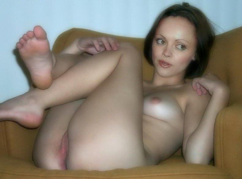 Christina Ricci Nude04